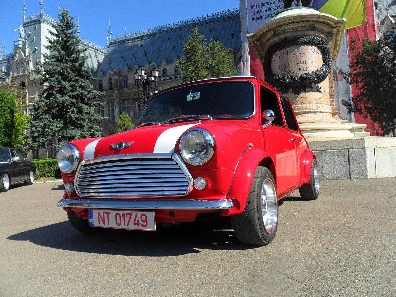 Mini & moke- car